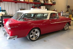 1955-Chevy-Nomad-Restomod From MB Hot Rods (32)_tn