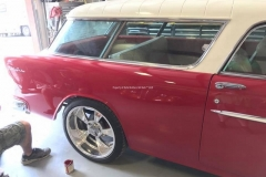 1955-Chevy-Nomad-Restomod From MB Hot Rods (36)_tn