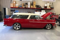 1955-Chevy-Nomad-Restomod From MB Hot Rods (38)_tn