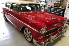 1955-Chevy-Nomad-Restomod From MB Hot Rods (39)_tn